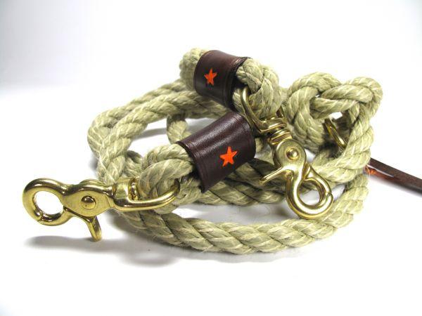 Tauleine mit Dunkelbraunem Leder und Messing von Hand gefertigt